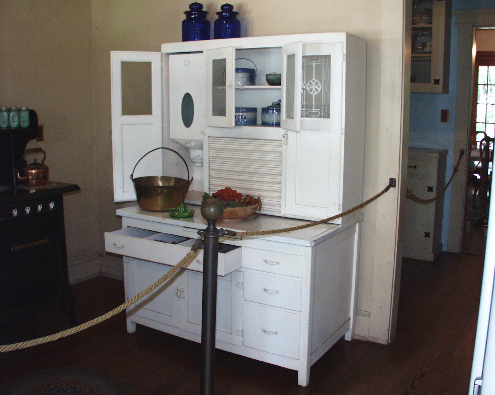This Is A Picture Of A Hoosier Cabinet ...